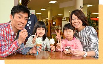 新穂高温泉駅の喫茶・軽食「笠ヶ岳」でデザートはいかが?